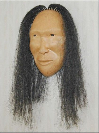 <strong>2004, mask with horse hair, private collection</strong>